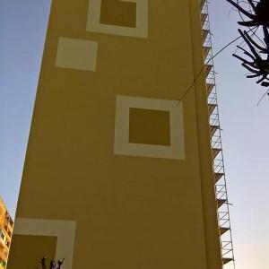blok pomalowany